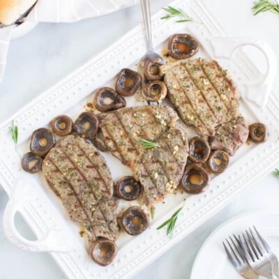 Seasoned Steak with Garlic Butter Mushrooms – C