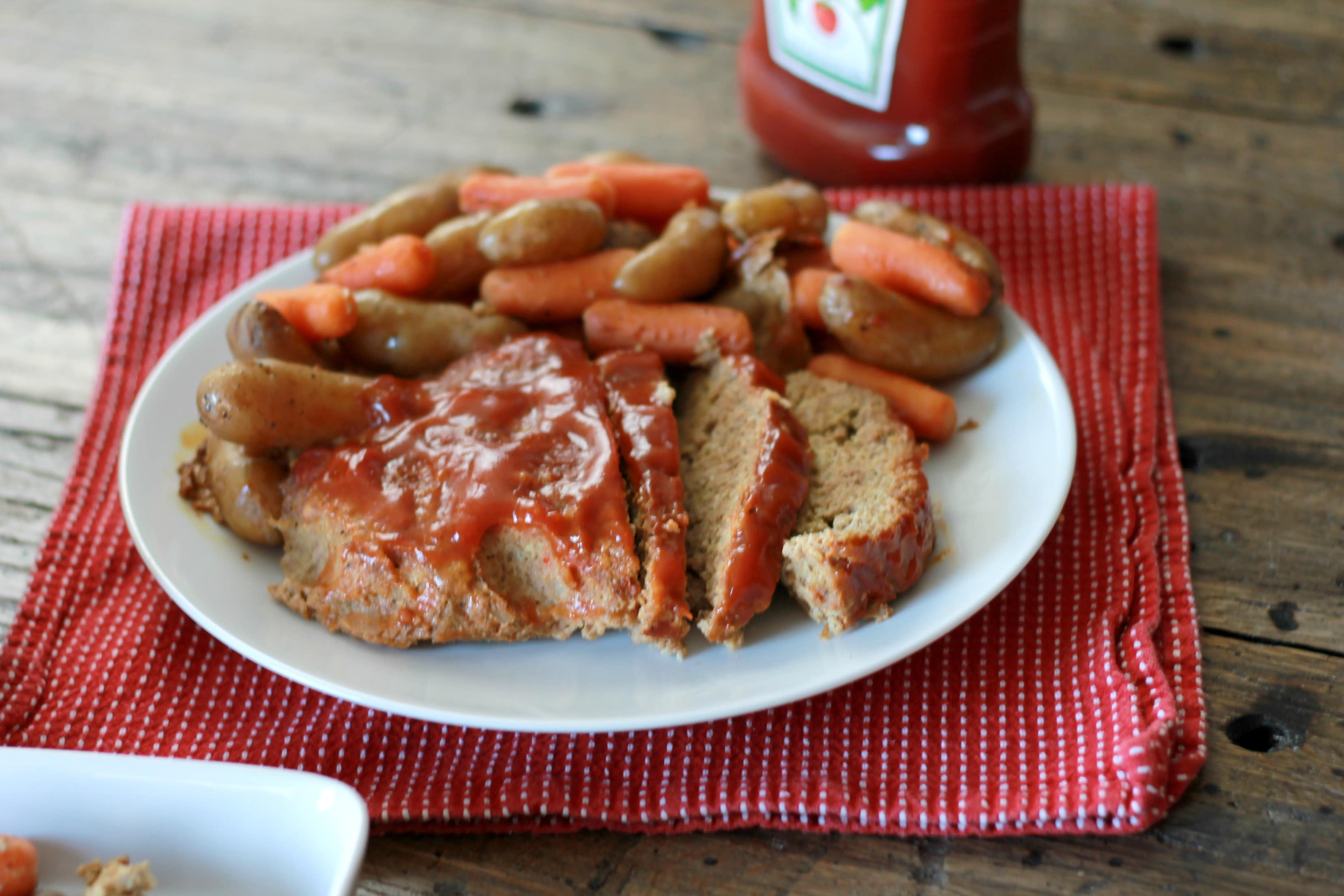 Slow Cooker Meatloaf Dinner