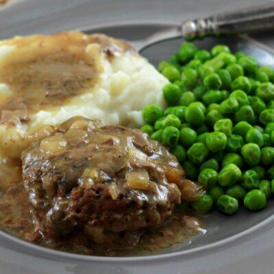 Healthy Slow Cooker Salisbury Steak Recipe
