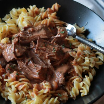Creamy Slow Cooker Tomato Roast with Noodles
