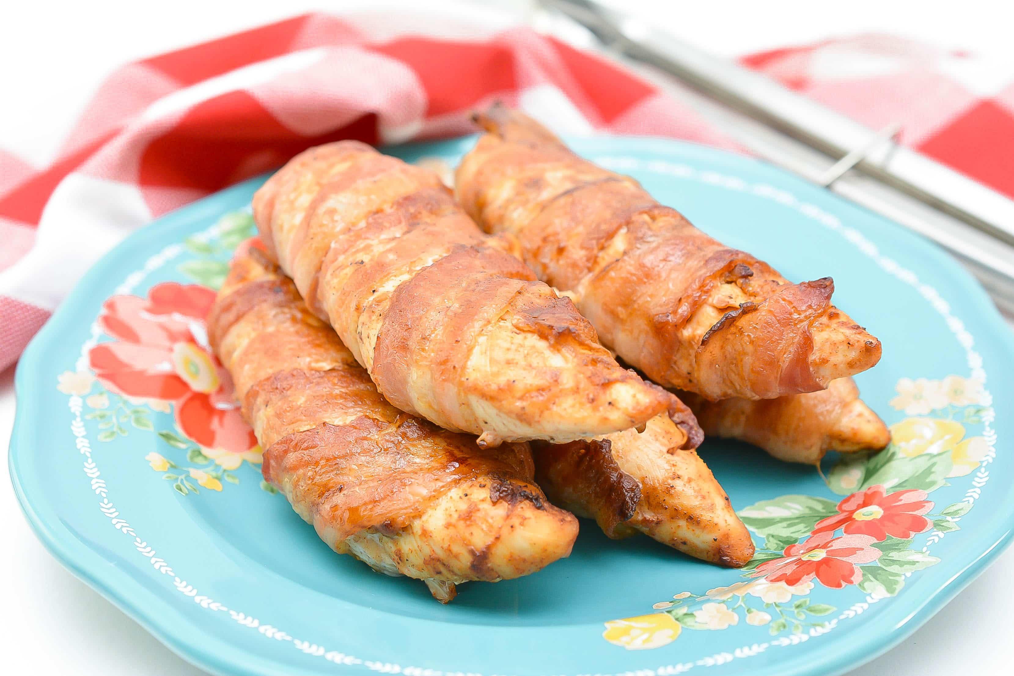 keto bacon wrapped chicken